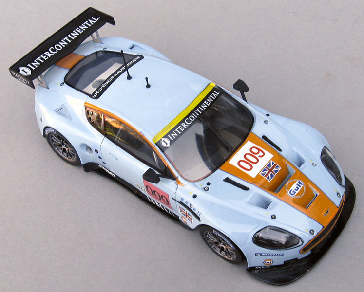 DBr9-high-front-right-L.jpg